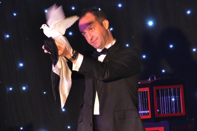 dove-magician-sv-2